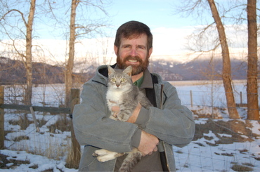 Gray_cat_with_steve_2